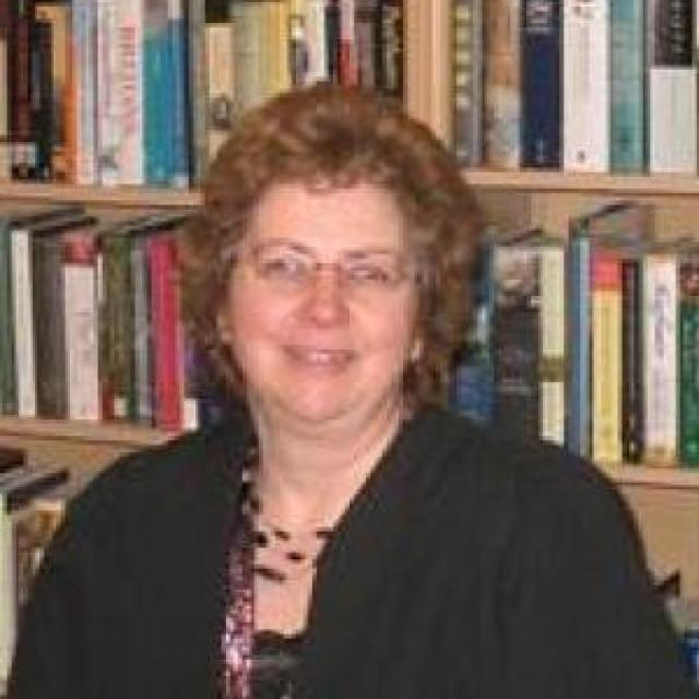 Dr Yvonne Cornish