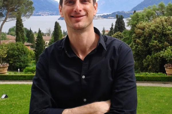 Professor Avi Lifschitz