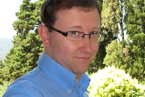 Dr Tomasz Gromelski