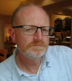 Dr Simon Skinner